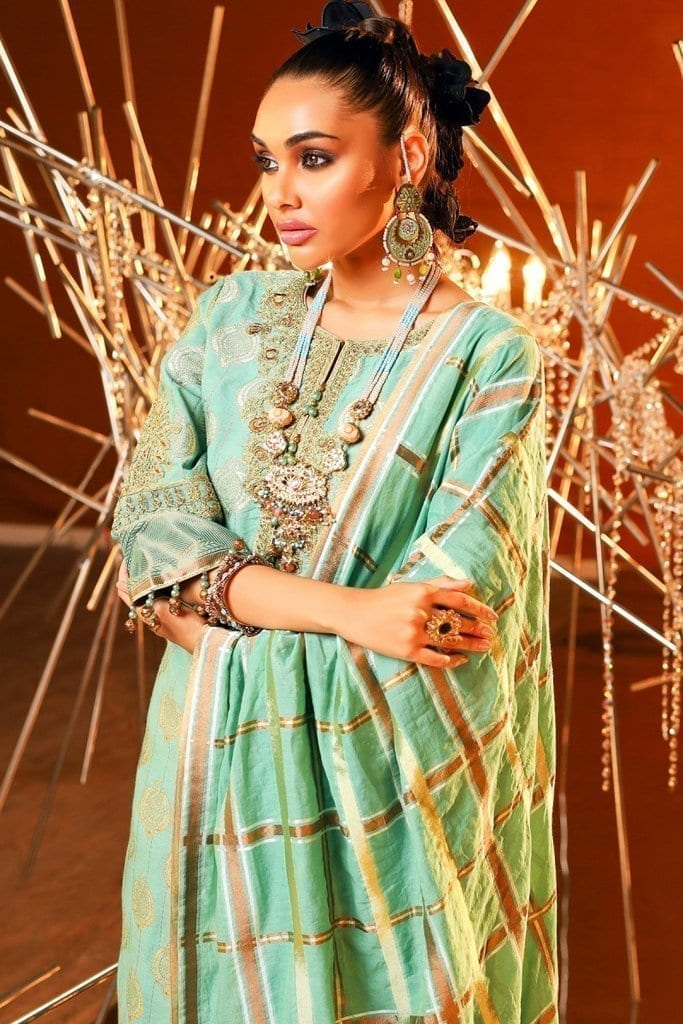 Alkaram 3 piece embroidered suit with jacquard woven dupatta fc 01a 20 ferozi image3