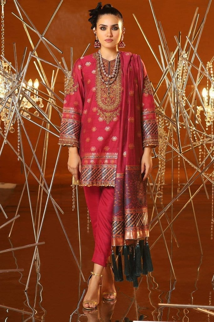 Alkaram 3 piece embroidered suit with jacquard woven dupatta fc 04a 20 magenta image1