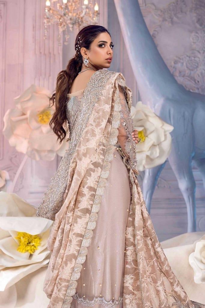 SHIZA HASSAN   Wedding Collection   DIVINE