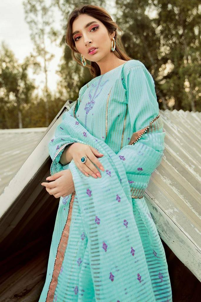 GUL AHMED   3 PC Embroidered Jacquard Suit With Organza Dupatta   MJ-44