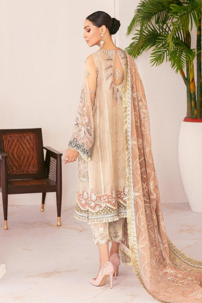 BAROQUE | Chantelle Embroidered Collection | FALL LIGHT