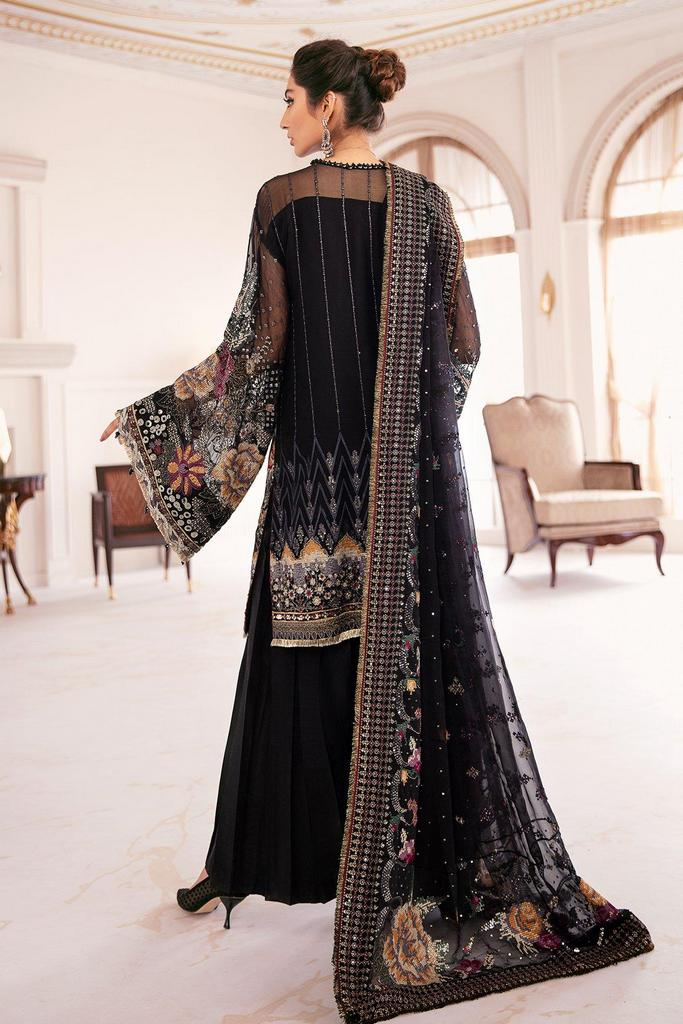 BAROQUE | Chantelle Embroidered Collection | GARENT