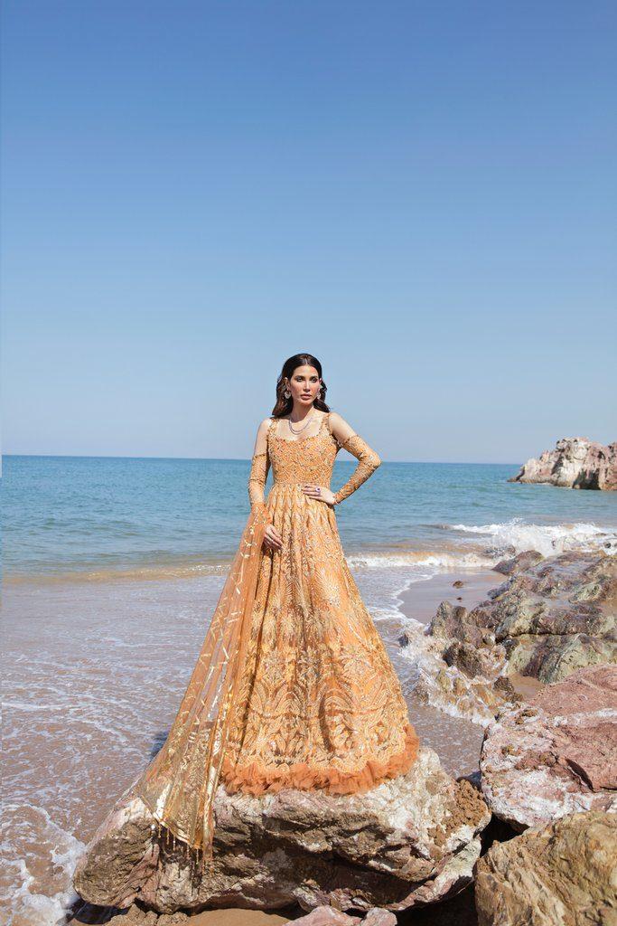 REIGN | AMIRAA LUXURY Collection | ZENDAYA A