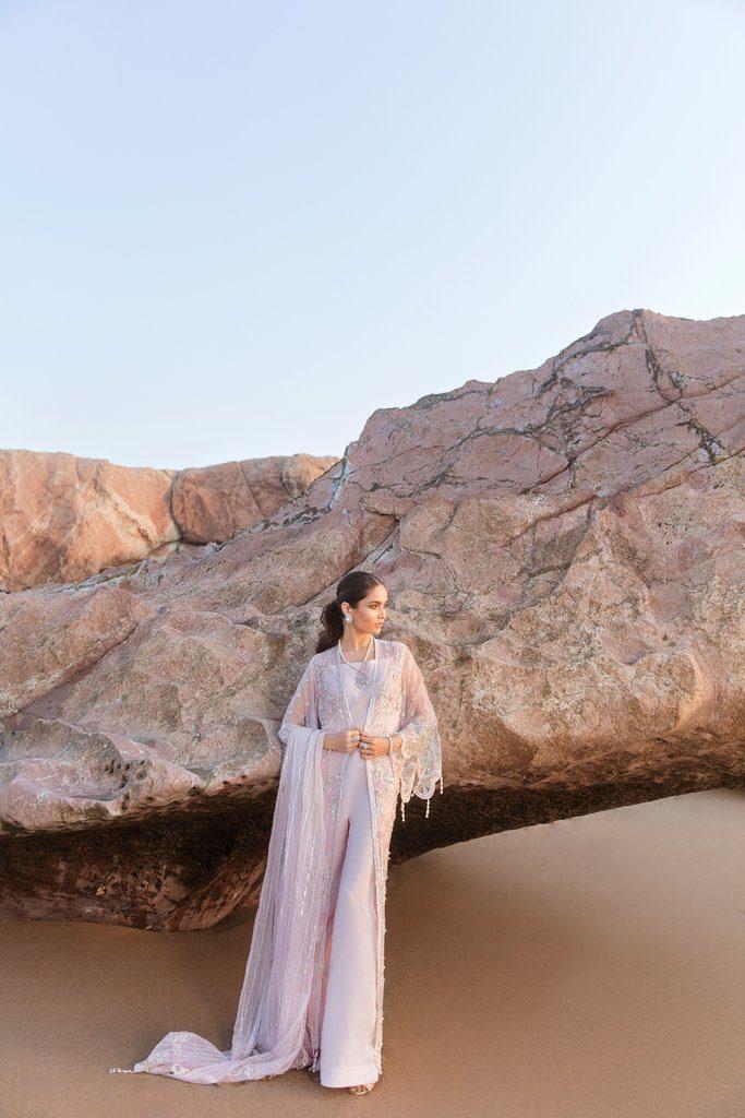 REIGN | AMIRAA LUXURY Collection | LEON A