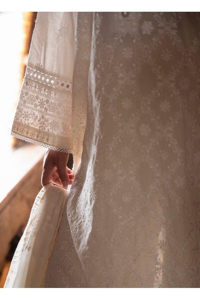 IMAGE | LAWNKARI'21 Collection | ZAHRA