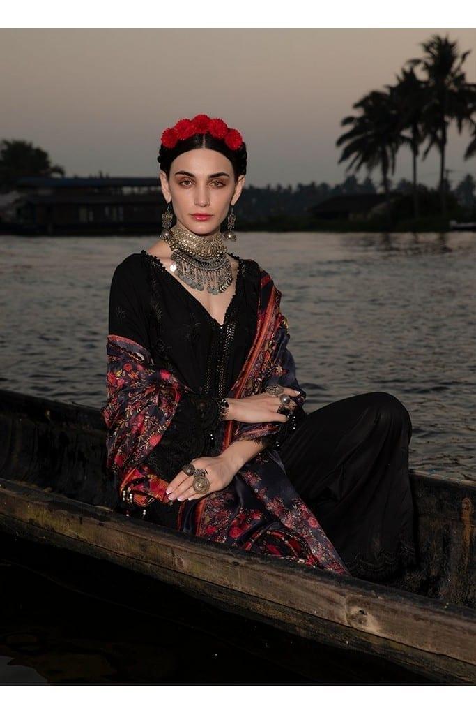 IMAGE | LAWNKARI'21 Collection | KARINA