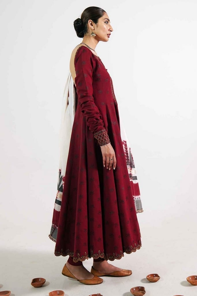 ZARA SHAHJAHAN   Embroidered Lawn Suits   HEER-A