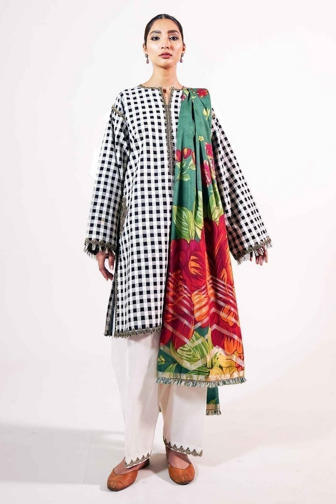 ZARA SHAJAHAN | Embroidered Lawn Suits | ZS21L 07 Manreet-A