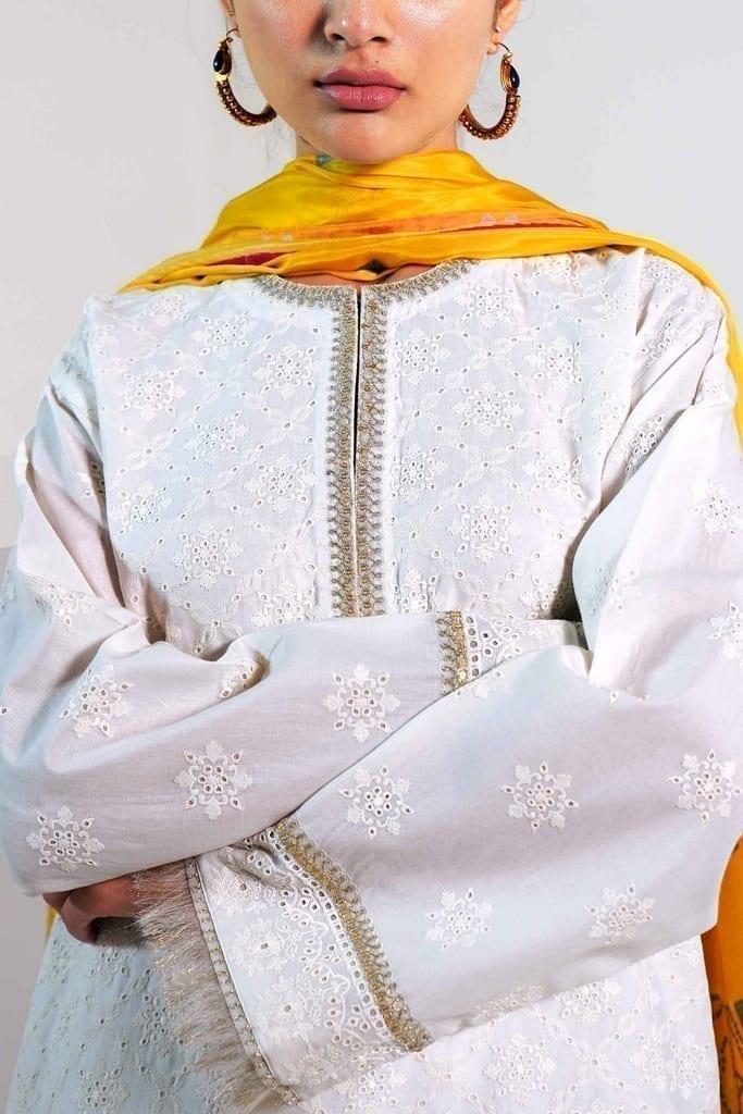 ZARA SHAJAHAN   Embroidered Lawn Suits   ZS21L 03-Sohni-B