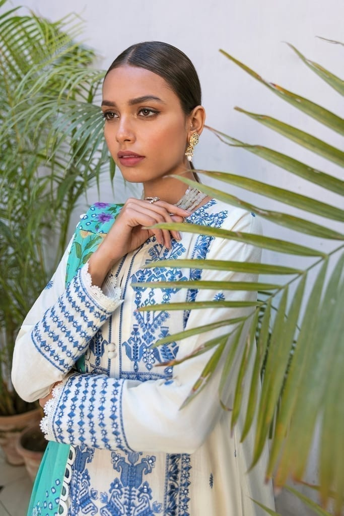 ZAHA LAWN   Embroidered Lawn Suits   BISHA (ZL21-11 A)