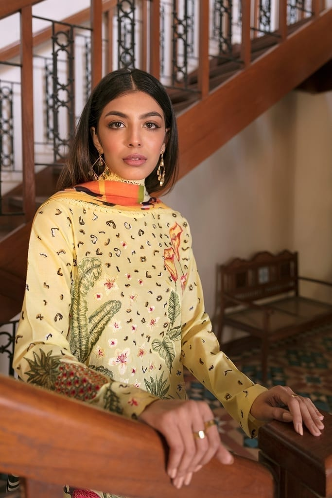 ZAHA LAWN   Embroidered Lawn Suits   VERD (ZL21-02 B)