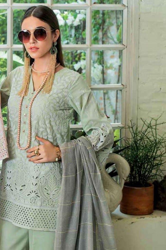 ZAINAB CHOTTANI | CHIKANKARI LUXURY Collection | BLUSH TALES