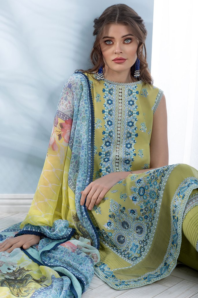 SOBIA NAZIR   LUXURY LAWN Collection   DESIGN 05A