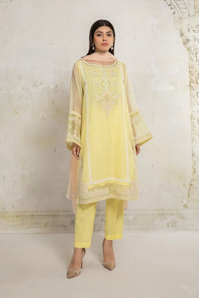 MARIA B   READY TO WEAR CASUAL Collection   Suit Yellow DW-EA20-20