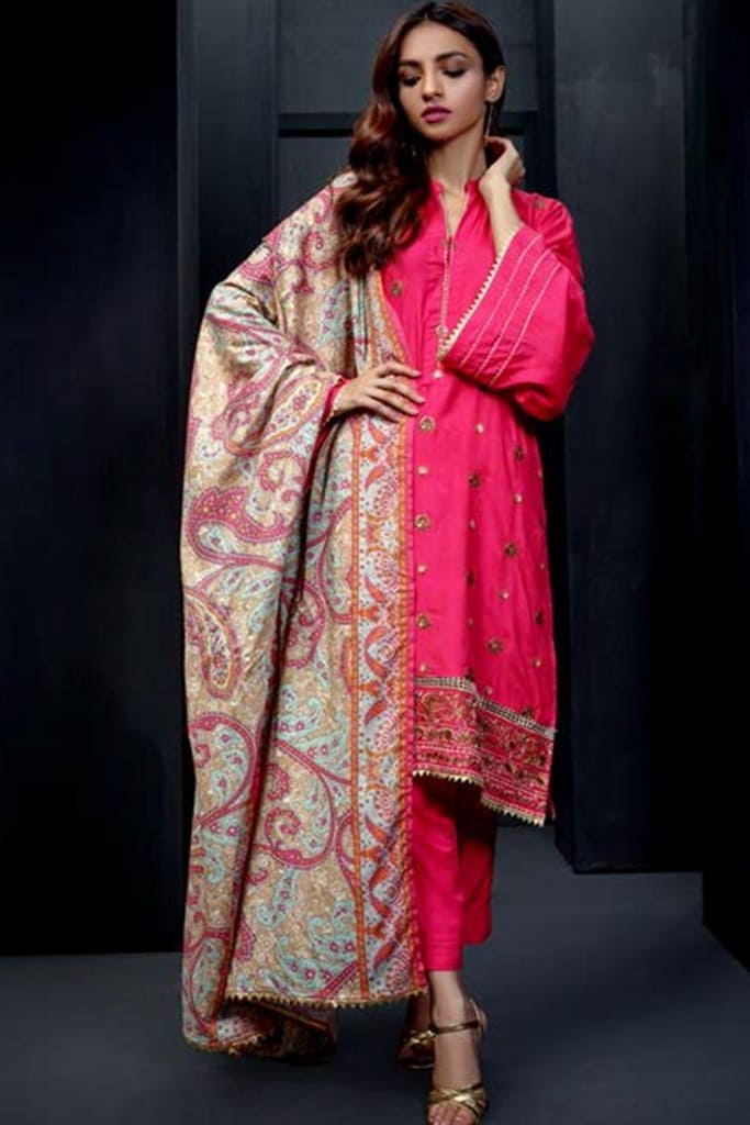 ORIENT   EMBROIDERED LAWN   217