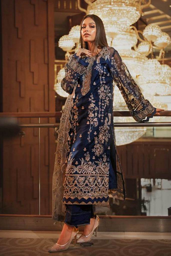 AIK | WEDDING FESTIVE Collection'21 | LOOK-09